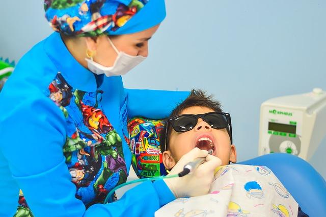 Más servicios dentales gratuitos para los menores de 7 a 16 años