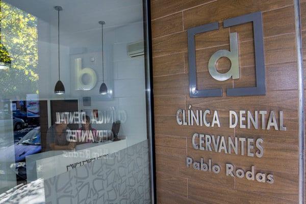 clínica dental Cervantes en Granada